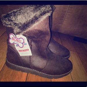 NWT Bobs style fur boots